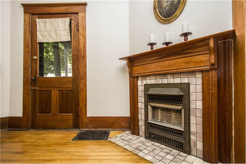 Dining Room Decorative Fireplace