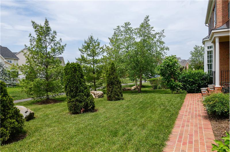 43640 Hartshire Ter. Leesburg, VA, Ask Gina & Company w Keller Williams